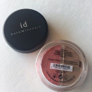 bareMinerals CLEVER blush & CHIC radiance duo